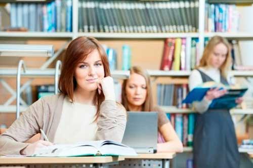 Estudiantes universitarias